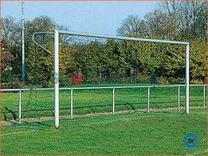 Jalgpalliväravad hülssidega 3x2m