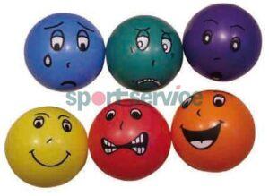 Nägudega pall